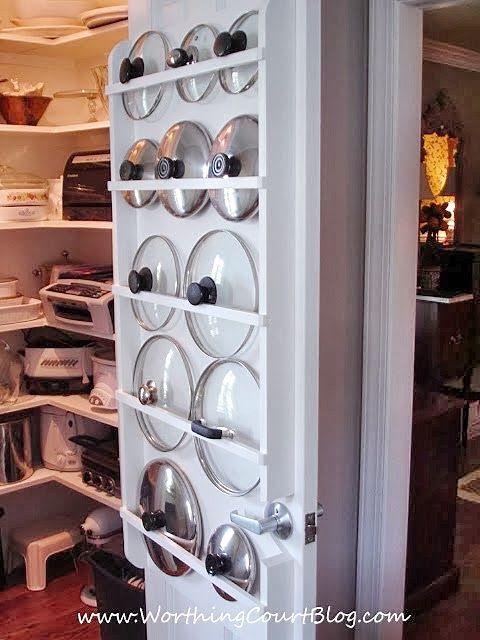 1484941266-1483653444-pantry-door-holder