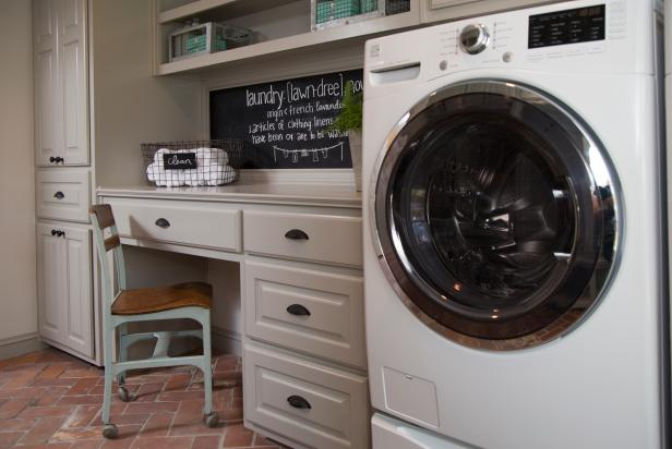BP_HFXUP205H_Purks_laundry-room_AFTER_474527-1044072.JPG.rend.hgtvcom.616.411